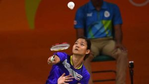 Thailand's Porntip Buranaprasertsuk returns to Ukraine's Maria Ulitina during their women's singles round of 16 badminton match at the Riocentro stadium in Rio de Janeiro on August 15, 2016, at the Rio 2016 Olympic Games. / AFP PHOTO / Jim WATSON