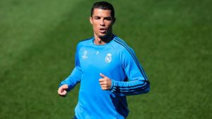 cristiano-ronaldo-real-madrid-training-champions-league-city-manchester_3459953