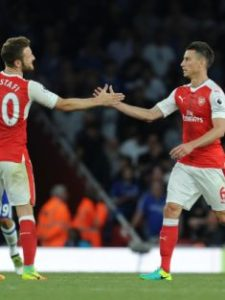 27-pair-for-the-future-in-mustafi-and-koscielny-for-c