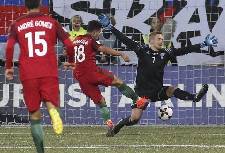 ซิลวา แฮทริค พาฝอยทอง เชือด แฟโร ไอซ์แลนด์ 6-0