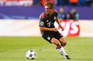 11-philipp-lahm-stop-for-c