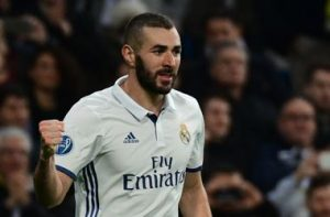 10-arsenal-keen-on-real-madrid-superstar-karim-benzema-for-c